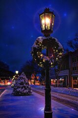 Snowy Gas Lights !!