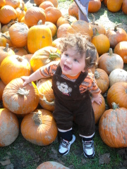 Alexander Jacob at the Pumpkin Farm
