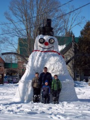 Mills Family Snowman is Back!