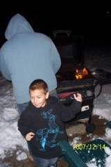 Helpin' Daddy BBQ in the snow!