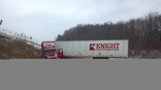 Tractor trailer jackknives