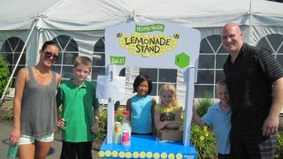 Kids' Lemonade Stand at Maggie Memorial