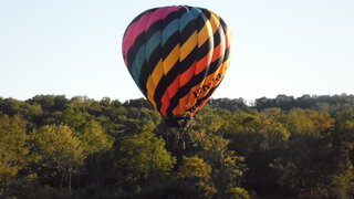 Low floating hot air balloons prt 2