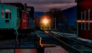 Breaking Dawn at the Tioga Railroad!