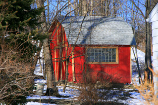 Little Red Barn in the neighborhiood