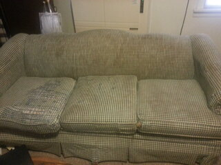 Ugliest Couch EVER!!