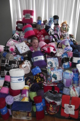 7 yr old Donates 74 blankets
