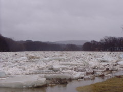 Ice Jam Sandy Beach, Binghamton